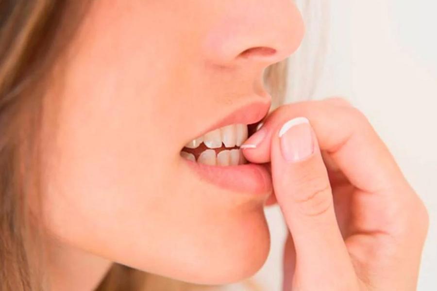 sete hábitos a serem eliminados em nome da saúde dentária e bucal