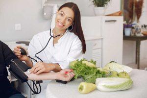 Novas diretrizes para controlar a hipertensão arterial reacendem a necessidade de medidas preventivas para a doença